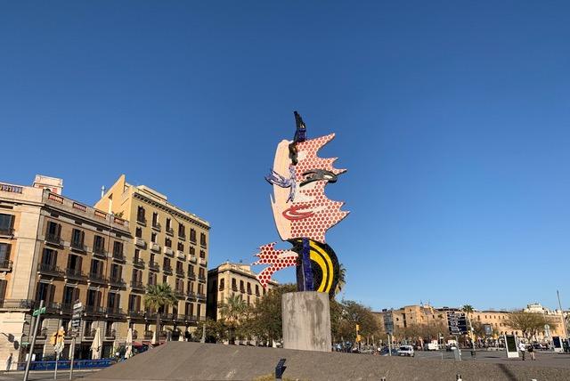"""Скульптура Роя Лихтенштейна """"Голова Барселоны"""""""